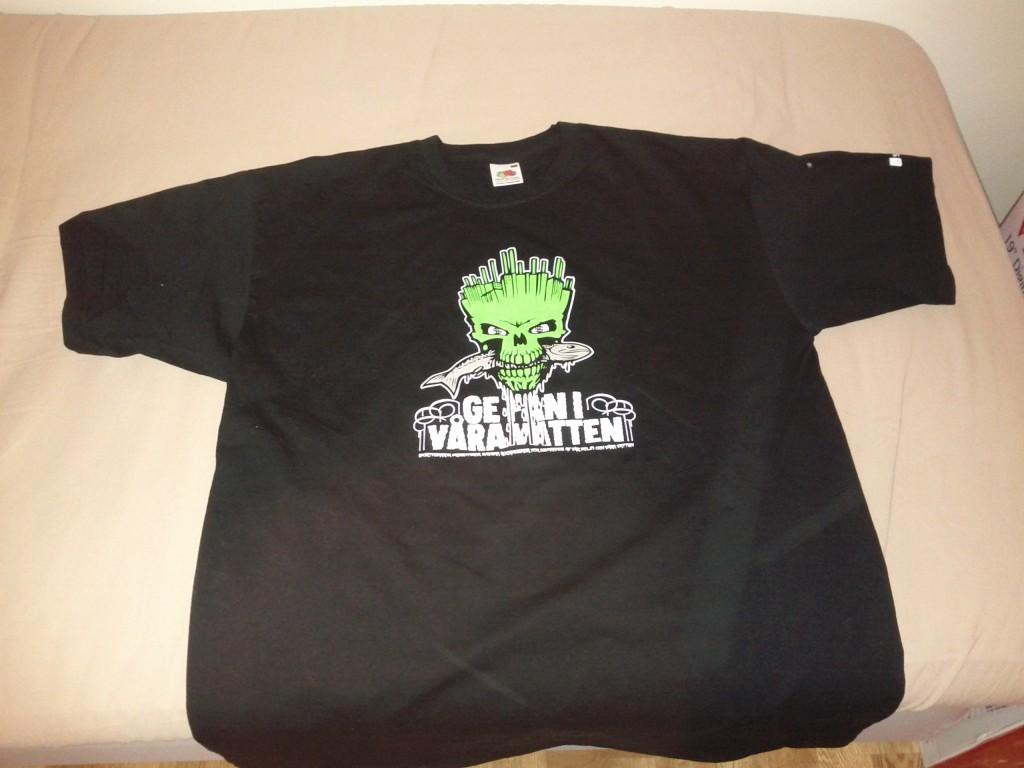 Ge fan i våra vatten t-shirt